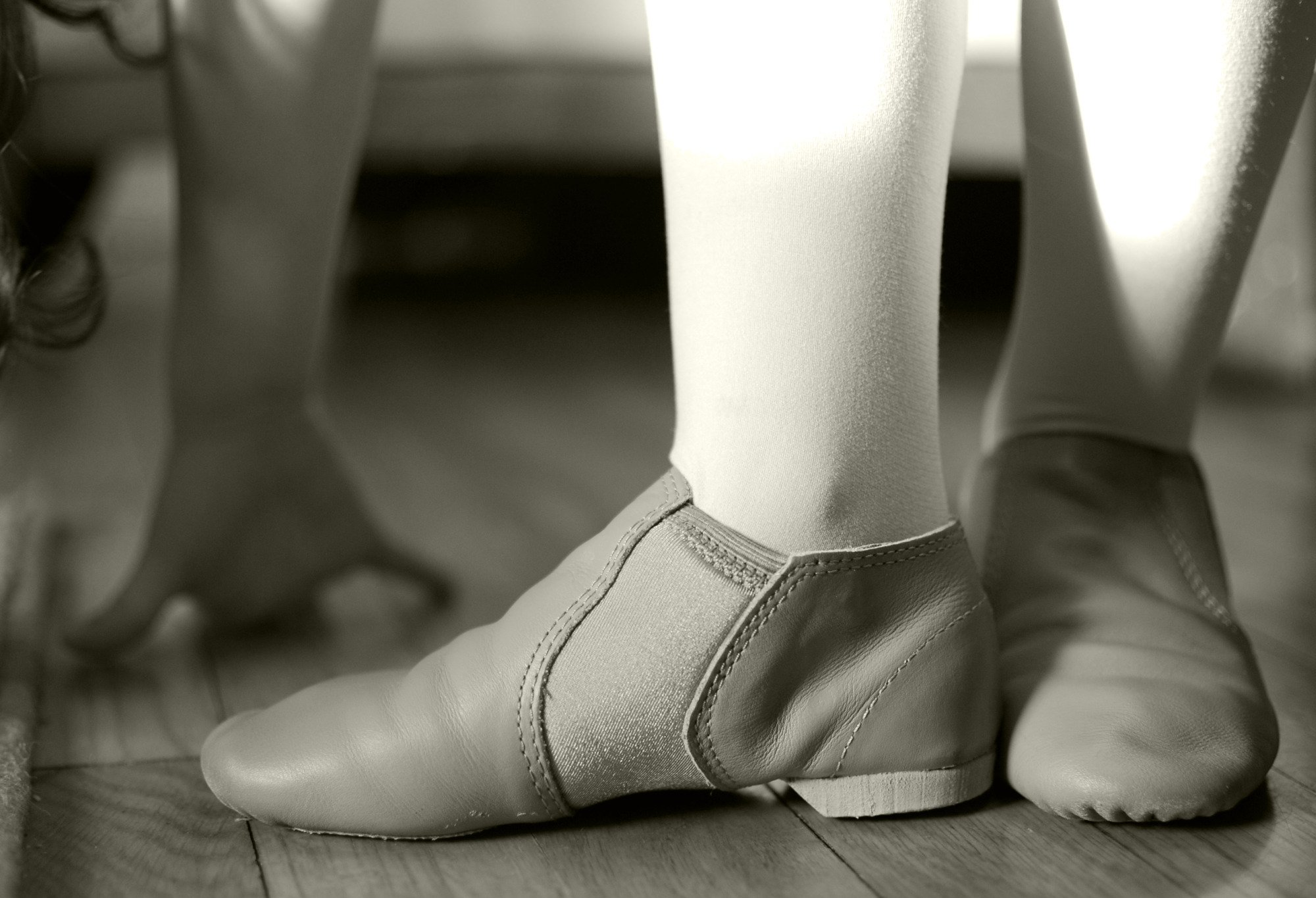 A Jazz Shoe Fitting Guide - Dancerholic